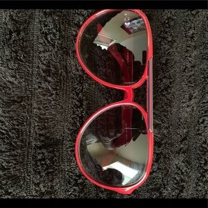 Authentic Gucci sunglasses. Worn once!